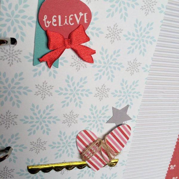 @cliquekits @jodyspiegelhoff @spiegelmomscraps, #simplestores #pinkpaislee #pinkfreshstudio #prettylittlestudio #gold #holiday #cliqueintotheholidays #scrapbookkit #scrapbook #card #layout #minialbum #minibook #DIY #christmas #holiday #season #projectlife #lifedocumeneted